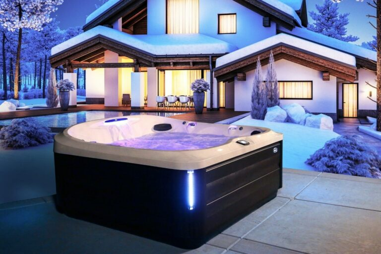 Reasons to Use Your Hot Tub in the Winter